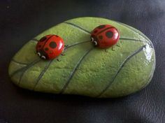 Hand Painted Bugs Rocks | Two little lady bugs on a leaf, hand painted by 18 Moods