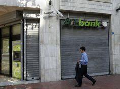 """Miljardien pankkikupru paljastui Kreikasta: """"Jäävuoren huippu"""""""