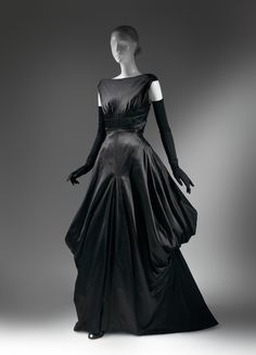 Charles James (American, born Great Britain, 1906–1978). Evening dress, 1948. The Metropolitan Museum of Art, New York. Brooklyn Museum Costume Collection at The Metropolitan Museum of Art, Gift of the Brooklyn Museum, 2009; Gift of Millicent Huttleston Rogers, 1949 (2009.300.734) #CharlesJames