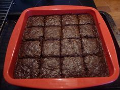First things first - if you want this to be properly sticky for Bonfire Night - get baking it right away! Secondly, it's probably best not to look at the rest of this recipe if sugar horrifies you. Parkin Recipes, Yorkshire Parkin, Guy Fawkes, Bonfire Night, Vegan Baking, Cake Cookies, Bobs, Squares, Bakery
