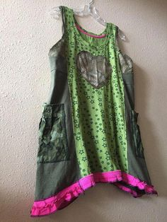 Sew T-Shirt Upcycled Army Green T-Shirt Tunic Dress Artsy Boho Patchwork - Vetements Clothing, Diy Clothes Refashion, Diy Clothes Videos, Altering Clothes, Couture, Sewing Clothes, Boho Outfits, Upcycle, Army Green