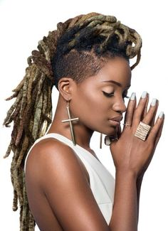 dreads | If You're in Philadelphia or just passing by, check out the Sisterlock technicians at Beauty Coliseum - Beautycoliseum.com Blonde Dreadlocks, Dreads Rasta, Yarn Dreads, Dreadlocks Updo, Dreads Styles, Dreadlock Styles, Dreadlock Hairstyles, Braided Hairstyles, Kid Hairstyles