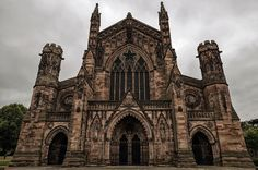 Hereford Cathedral. Hereford Cathedral, Herefordshire, Gothic Architecture, Art Drawings Sketches, British Isles, Cathedrals, Barcelona Cathedral, Around The Worlds, Pencil