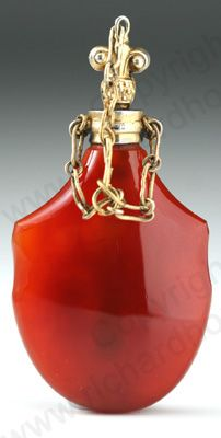 RARE ANTIQUE  VINTAGE SCENT PERFUME BOTTLES: c.1860 CARNELIAN CORNELIAN SCENT PERFUME BOTTLE, GOLD MOUNTS, FRENCH. To visit my website click here: http://www.richardhoppe.co.uk or for help or information email us here: info@richardhoppe.co.uk