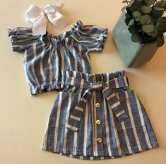 The Effective Pictures We Offer You About baby girl dresses green A quality picture can tell you man Cute Baby Dresses, Dresses Kids Girl, Cute Baby Clothes, Kids Outfits, Girly Outfits, Kids Frocks Design, Baby Frocks Designs, Baby Girl Dress Patterns, Baby Dress Design