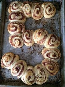 {easiest birthday breakfast ever- Cinnabon cinnamon rolls from a can :D} I c… – Party Ideas Birthday Morning Surprise, Birthday Brunch, Birthday Fun, Birthday Recipes, Special Birthday, Birthday Cake, Birthday Quotes, Birthday Surprise Ideas, Birthday Party Food For Kids