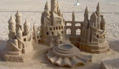 Robots do it Better: Sand Castles.So as the summer winds down, and you feel as though you're perfecting your water to sand ratio, just remember. Even when it comes to sand castle building, robots will eventually do it better. Snow Sculptures, Sculpture Art, Ice Art, Snow Art, Grain Of Sand, Beach Art, Beach Play, Seaside Art, Art Festival