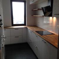 Nowoczesna kuchnia w mieszkaniu 60m2.