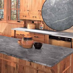 Ways To Choose New Cooking Area Countertops When Kitchen Renovation – Outdoor Kitchen Designs Soapstone Kitchen, Soapstone Countertops, Outdoor Kitchen Countertops, Granite, Kitchen Counters, Kitchen Cabinets, Modern Farmhouse Kitchens, Rustic Kitchen, Kitchen Decor