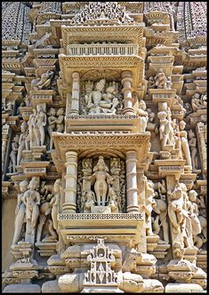 Exquisite carvings at Javari Temple, MP, India, (completed) around 1100 AD, via Indian Temple Architecture, Architecture Antique, India Architecture, Beautiful Architecture, Beautiful Buildings, Temple India, Hindu Temple, Khajuraho Temple, Architecture Classique