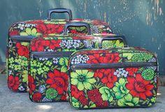 VINTAGE Bantam Travelware Floral Luggage by vintagebitsandpieces, $78.00