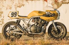 Custom racer, a 1999 Suzuki Bandit 1200 by ICON Colonel Butterscotch. Suzuki Cafe Racer, Cafe Racer Build, Cafe Racer Motorcycle, Cafe Racers, Royal Enfield Bullet, Moto Guzzi, Custom Motorcycles, Custom Bikes, Harley Davidson