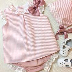Baby Girl Dress Patterns, Little Girl Dresses, Baby Dress, Girls Dresses, Fashion Kids, Baby Girl Fashion, Jumper Outfit, Frock Design, Vestidos Vintage