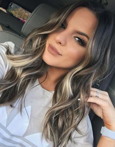 Balayage hair is suitable for light and dark hair, almost all lengths except very short haircuts. Today I want to show you the most gorgeous balayage hair dark color ideas. Balayage has become the biggest trend in recent seasons, and it's not over Grey Balayage, Balayage Highlights, Bayalage Brunette, Brown Hair Blonde Balayage, Color Highlights, Highlights For Brunettes, Dark Brown Hair With Blonde Highlights, Balayage Hair 2018, Ash Brunette