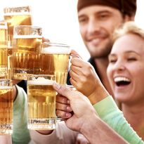 Beer might not be as bad for you as you thought! Learn about the surprising health benefits: http://www.wellki.com/diets/diet-trends/4334-surprising-benefits-of-beer