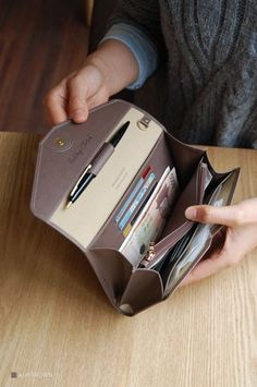 MochiThings: All-in-One Leather Clutch v2