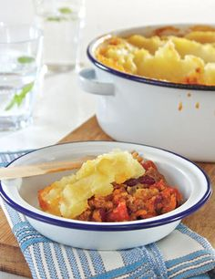 Boerepastei | Quick & easy dinners | YourParenting South African Recipes, Ethnic Recipes, Quick Easy Dinner, Lunches And Dinners, Easy Dinners, Macaroni And Cheese, Food And Drink, Om, Recipies