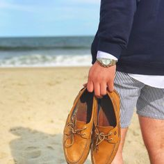 New Wedding Beach Outfit Men Boat Shoes Ideas Mens Beach Wedding Shoes, Beach Shoes, Wedding Men, Wedding Beach, Bridal Shoes, Trendy Wedding, Boat Shoes Outfit, Hipster Beach, Man Fashion