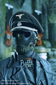 Hellboy - Clockwork Nazi Ninja!