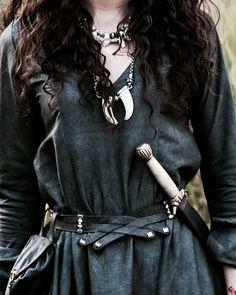 The Last Kingdom (Iseult) Fantasy Inspiration, Story Inspiration, Character Inspiration, Look 2017, Yennefer Of Vengerberg, The Last Kingdom, Fantasy Costumes, High Fantasy, Skyrim