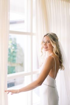 Real bride Samantha wears Grace by Robert Bullock from Sash & Bustle - Sleek Wedding Dress, Wedding Dress Bustle, Crepe Wedding Dress, Chic Wedding Dresses, Tea Length Bridesmaid Dresses, Wedding Bridesmaids, Bridal Collection, Special Occasion Dresses, Sash