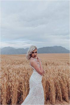 Boheemse Trou-Inspirasie in 'n Koringland Models Makeup, India, Couture, Wedding Dresses, Lace, Fashion, Bride Dresses, Moda, Goa India
