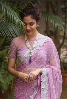 Blouse Neck Patterns - The handmade craft Wedding Saree Blouse Designs, Half Saree Designs, Fancy Blouse Designs, Saree Wearing Styles, Saree Styles, Saris, Blouse Neck Patterns, Saree Models, Blouse Models