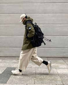 Indie Fashion, Boy Fashion, Retro Fashion, Mens Fashion, Men Street, Street Wear, Bart Styles, Human Poses Reference, Wooden Wardrobe