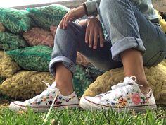 #converse bordados a mano #handembroidery buy it!