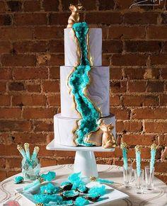 Gorgeous Geode cake ♡♡♡