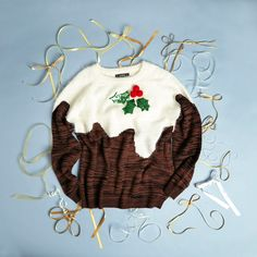 Make it a bit of fun with a Christmas pudding jumper Christmas Pudding Jumper, Christmas 2014, Christmas Ornaments, Holiday Decor, How To Make, Fun, Gifts, Presents, Christmas Jewelry