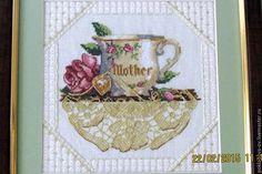 Купить Вышитая картина Чашка для мамы - бежевый, вышивка, Вышивка крестом, вышивка ручная
