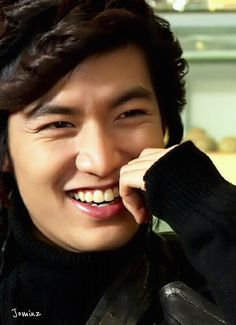 Lee Min Ho Boys Over Flowers- favorite scene Gu Jun Pyo crackin up