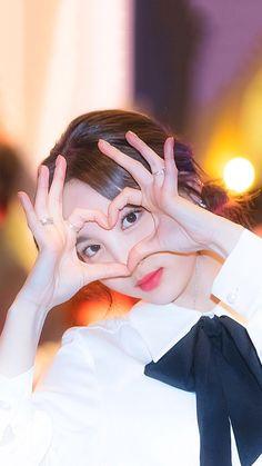 Kpop Girl Groups, Korean Girl Groups, Kpop Girls, Twice Jyp, Sung Kyung, Nayeon Twice, Fandom, Japanese Names, Im Nayeon
