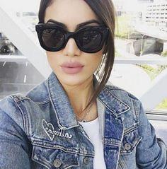 Lindíssima da @camilacoelho usando Céline Marta  Quem mais é apaixonado pelos óculos da grife?  #celine #celinemarta #celinesunglasses #camilacoelho #envyotica #modasolar
