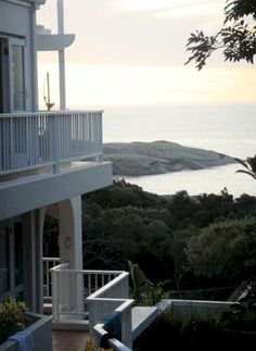 Llandudno Accommodation -Atlantic Seaboard Self Catering Holiday Home with sunset views at Two Berry House . The Beautiful Country, Beautiful World, Beautiful Homes, Pretoria, Beautiful Places To Visit, Places To See, Places Around The World, Around The Worlds, Le Cap