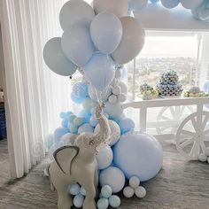 Dumbo Baby Shower, Elephant Baby Showers, Baby Shower Fun, Baby Shower Decorations For Boys, Boy Baby Shower Themes, Elephant Baby Shower Centerpieces, Baptism Centerpieces, Baby Shower Backdrop, Baby Shower Balloons