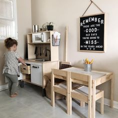 Listening to her cute little voice while I cook breakfast is something else😍Putting their play kitchen in the kitchen means when I cook-…...