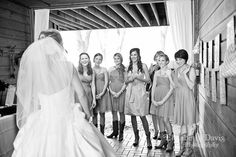 Ladies!! What a cute wedding shot w/ bridesmaids:)