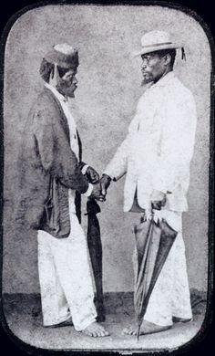 Dois Escravos se Cumprimentando
