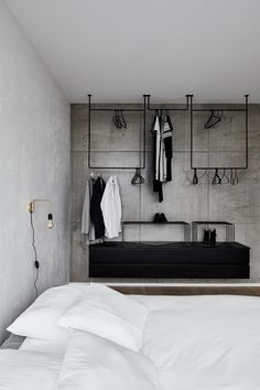 39 Modern Apartment Design Ideas With Industrial Style To Try Asap - Sleek, modern and minimalist. Whilst the industrial look is best suited to converted industrial buildings such as warehouses and loft style apartments.