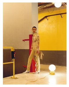 MAP - News – Jamie Hawkesworth Shoots SS16 Womenswear for Loewe
