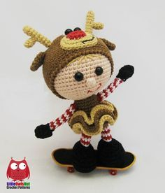 Crochet Pattern LANGUAGE:  English on Ravelry  SKILL LEVEL: Easy  FINISHED SIZE: Approx. 14 cm (5.5 inches) tall (without antlers) using the materials stated in the pattern.  SKILLS REQUIRED:  Crochet in rounds  Single crochet  Increasing  Decreasing  Slip stitch