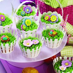 Go beyond store-bought marshmallow chicks and chocolate rabbits this year. Perfect for some-bunny special – or as a dessert to brighten any holiday table – A Tisket, A Tasket, A Cupcake Easter Basket cupcakes prove . Spring Cupcakes, Easter Cupcakes, Garden Cupcakes, Holiday Cupcakes, Easter Cake, Mini Cakes, Cupcake Cakes, Cupcake Wrappers, Cupcake Frosting