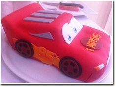 Gâteau pâte à sucre Cars Flash Mcquen