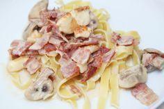 Pastasås med bacon & halloumi | Bakverk och Fikastunder