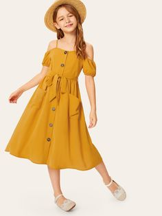 To find out about the Girls Button & Pocket Front Belted Cold Shoulder Dress at SHEIN, part of our latest Girls Dresses ready to shop online today! Girls Dresses Online, Dresses Kids Girl, Kids Outfits Girls, Girl Outfits, Cute Outfits, Fashion Outfits, Little Girl Fashion, Fashion Kids, Plain Dress