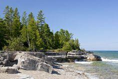 Scenic shoreline of Lake Huron at Providence Bay on Manitoulin Island, Ontario. Travel Around The World, Around The Worlds, Manitoulin Island, Water Island, Beach Scenery, Lake Huron, Beautiful Beaches, Old Photos, Ontario