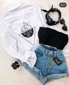 Teen Fashion : Sensible Advice To Becoming More Fashionable Right Now – Designer Fashion Tips Tumblr Outfits, Mode Outfits, Grunge Outfits, Tumblr Clothes, Cute Casual Outfits, Cute Summer Outfits, Stylish Outfits, Teen Fashion Outfits, Outfits For Teens