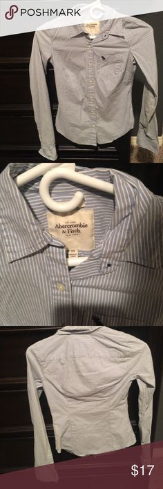Abercrombie and Fitch button down Excellent condition 👔 Abercrombie & Fitch Tops Button Down Shirts